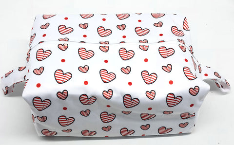 "Extended Diaper Pod ""Red Stripe Hearts"""