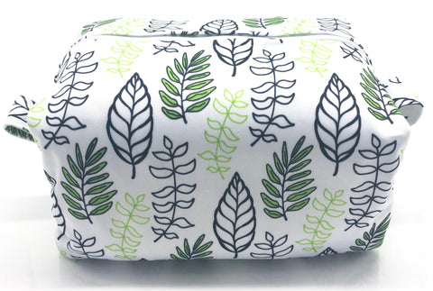 "Diaper Pod ""Leaf Outlines"""
