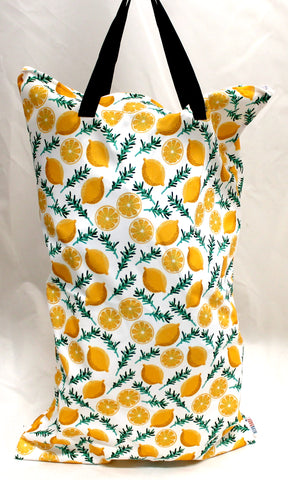 "Single Zipper Hanging Wetbag - ""Lemons and Leaves"""