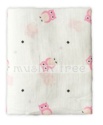 "Muslin Swaddle Blanket ""Small Pink Owls"""