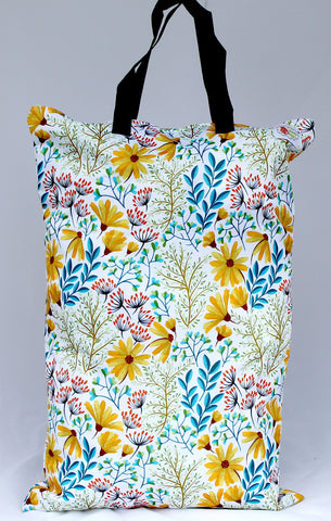 "Single Zipper Hanging Wetbag ""Susan's Floral"""