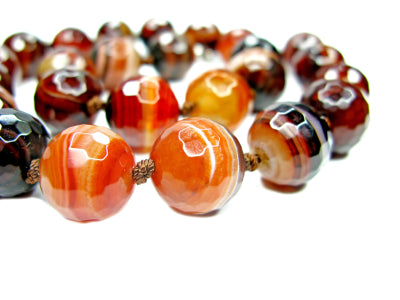 Enchanting August Birthstone: Sardonyx