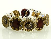 vintage button beaded bracelet