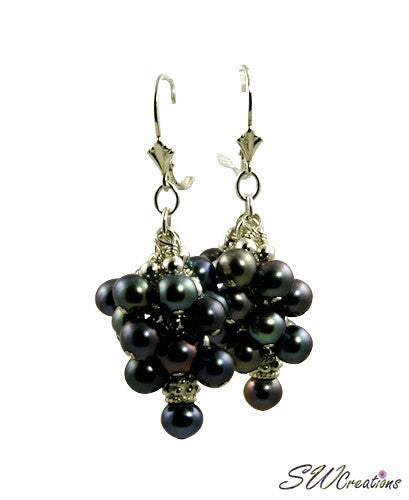 Majolica Peacock Pearl Cluster Beaded Earrings - SWCreations  - 1
