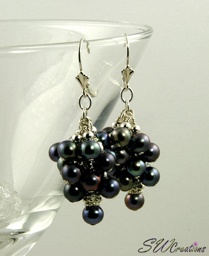 Majolica Peacock Pearl Cluster Beaded Earrings - SWCreations  - 2