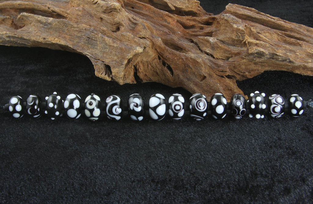 15 Black & White Lampwork Beads Set SRA