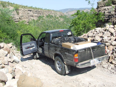 tourism-rural-offroad-driving-sierra-la-giganta-mountains-baja-california-sur