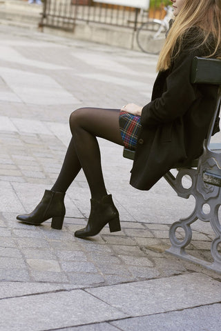 Look bottines Virgin brillant noir Anaki Paris
