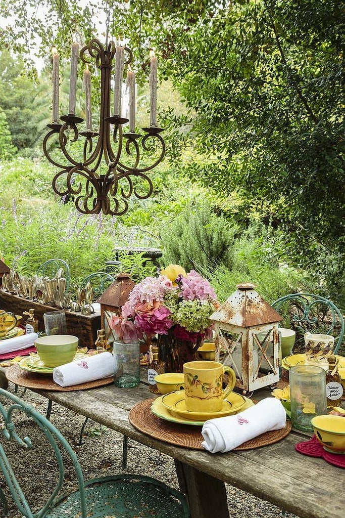 rustic outdoor thanksgiving