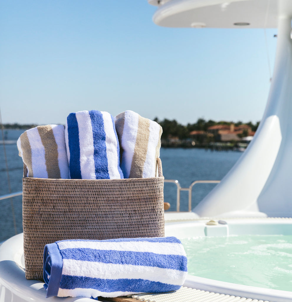 yacht_octopussy_deck_towels_image