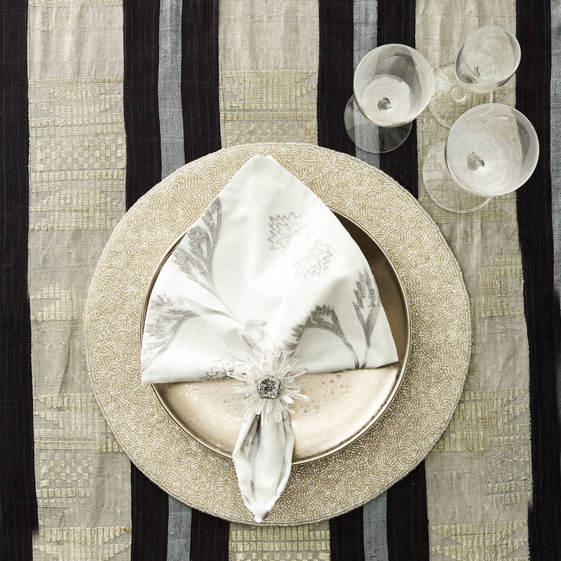 VERMICELLI PLACEMAT IN SILVER & CRYSTAL - Pioneer Linens