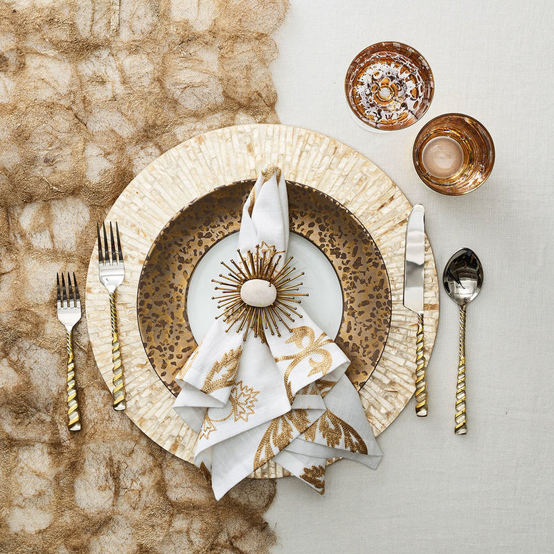 BYZANTINE PLACEMAT IN IVORY & GOLD - Pioneer Linens