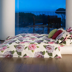 Camelia Bed Collection