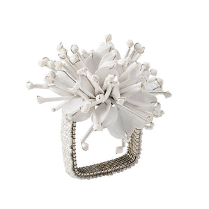 STARBURST NAPKIN RING IN WHITE
