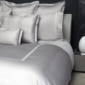 Platinum Sateen Bed Linens