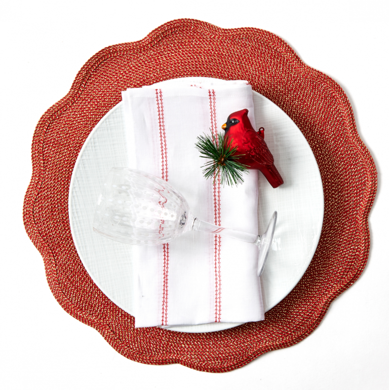 Round Scallop Glimmer and Shimmer Placemats - Pioneer Linens