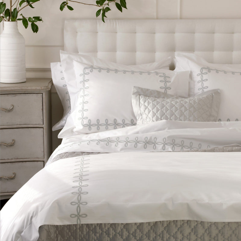 Gordian Knot Bed Linens