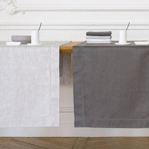Liso Table Linens