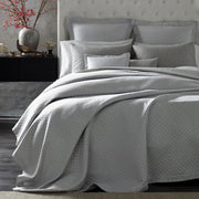 Full/Queen Coverlet / 94 W x 97 L