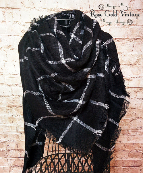 Oversized Black & White Plaid Blanket Scarf