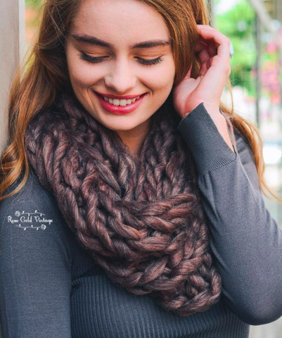 Chunky Twist Infinity Scarf - Chocolate