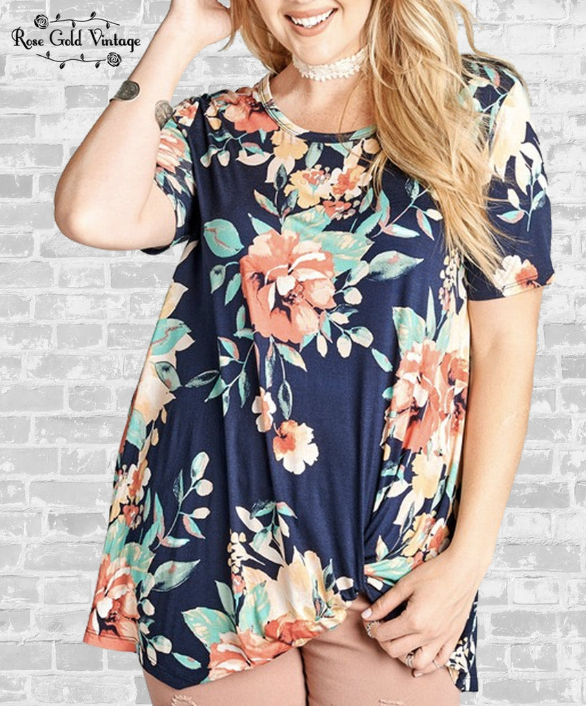 Floral Knot Tee (Plus) - Navy