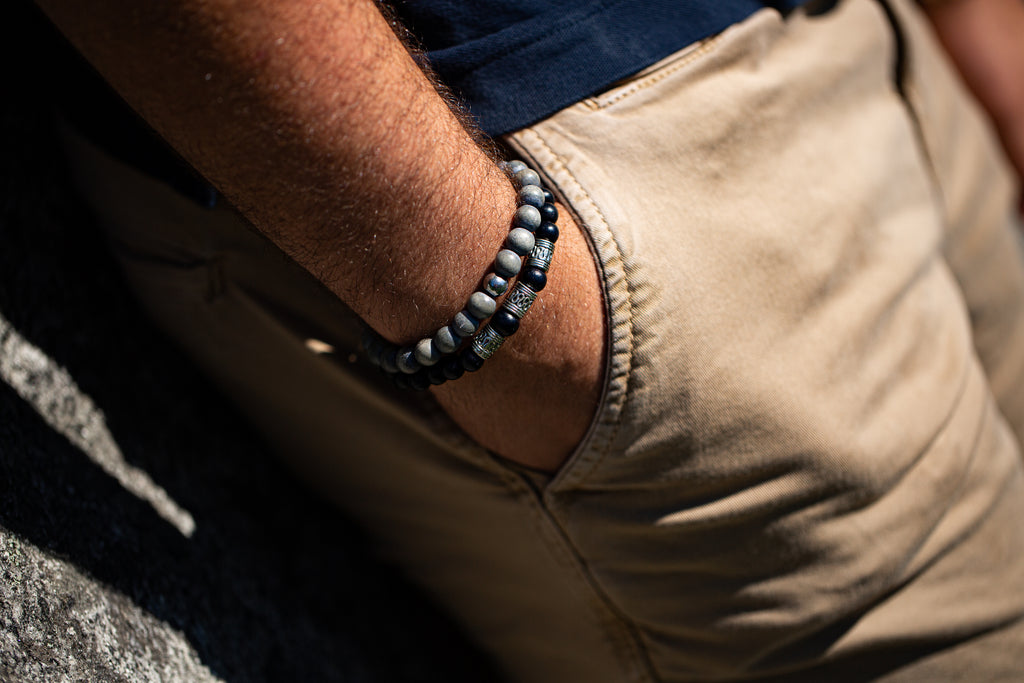 Men's -Wood Beaded Bracelet | Strength - Black Wood
