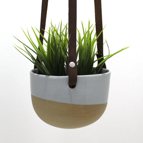 Hanging Pot | Fog