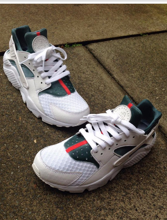 quality design 840e4 0dfb8 Nike Air Huarache White X Gucci