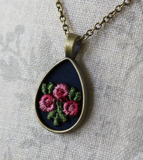 Boho Floral Rose Teardrop Necklace