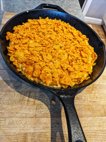 Doritos chips topping on smoked mac and cheese recipe