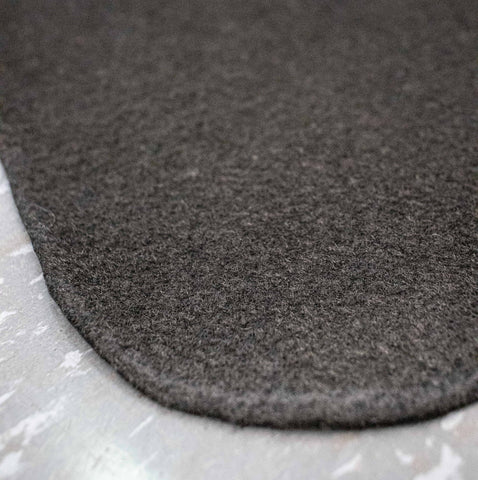 micro fibers of slop sucker bbq grill mat, deck protector, barbecues galore