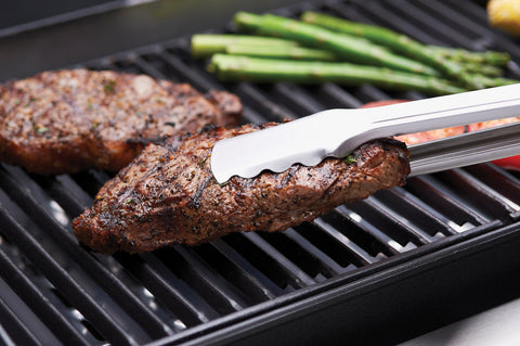 Stainless Steel vs Cast Iron Cooking Grills