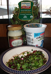 To prepare dressing, combine arugula and mayonnaise; set aside.