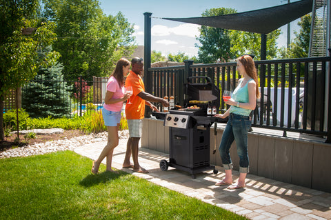 Broil King Monarch 320 Natural Gas Barbecue 931257 | Barbecues Galore