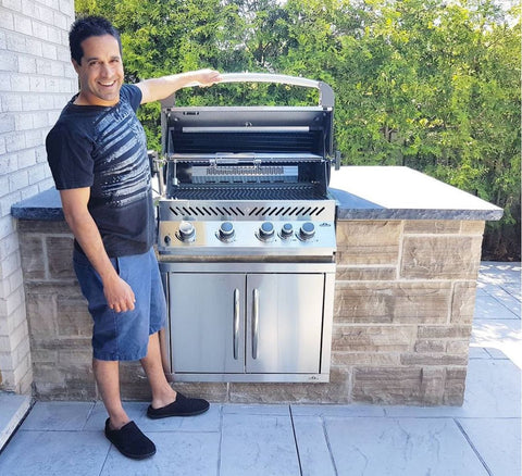Napoleon Prestige BIP500RB Built In Grill Head - Natural Gas | A great addition to any outdoor kitchen. Available at Barbecues Galore in Burlington, Oakville & Etobicoke, Ontario, as well as Calgary Alberta.
