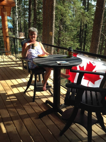 CRP Pub Set with Canadian flag | Barbecues Galore