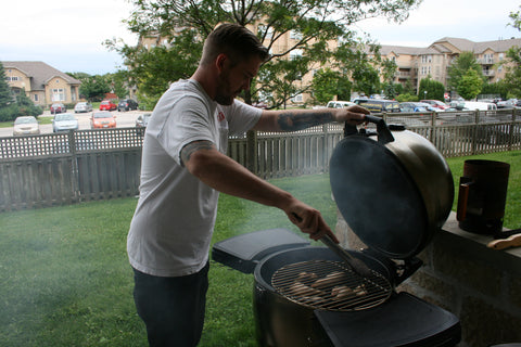 Customer grilling on his Broil King Keg 4000