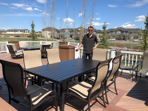 Albany Augustine Fennel Dining for outdoor summer patio | Barbecues Galore: Burlington, Oakville, Etobicoke & Calgary