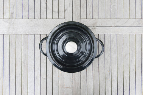Brander Cast Iron Pot with Lid On Lifestyle