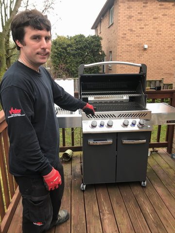 Napoleon Prestige P500RSIB – Ambiance Edition – Natural Gas | Exclusive just to us, this Canadian made grill is perfect for your backyard summer bbq | Barbecues Galore in Calgary, Alberta and three locations in Ontario: Burlington, Oakville and Etobicoke