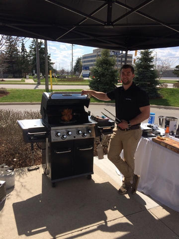 Start BBQing This Summer With The Broil King Regal 490 PRO - Propane Grill | Barbecues Galore: Burlington, Oakville, Etobicoke & Calgary