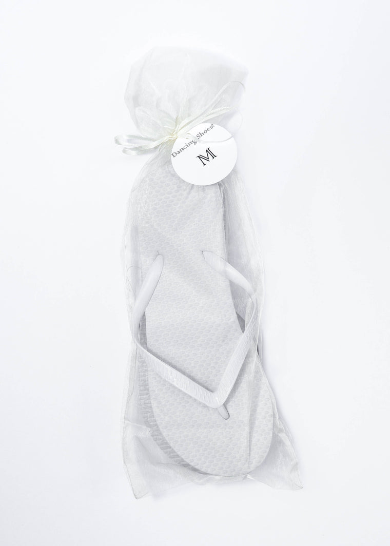 Classic White Flip Flop with Ivory Organza Bags - My Party Saver. Your Guest's Best Friend.™