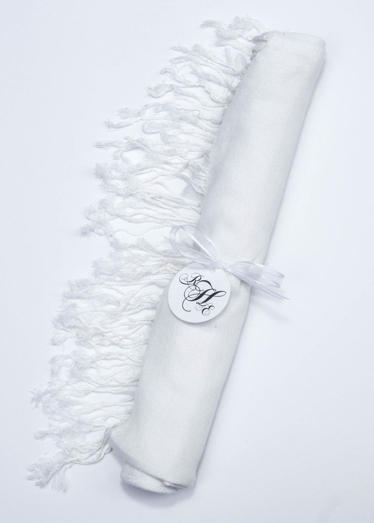 MPS Pashmina White - My Party Saver. Your Guest's Best Friend.™