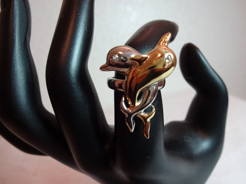 Amazing Intertwined Dolphins Ring