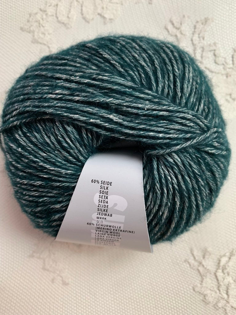 Lang Yarns Angelina 18