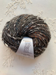 Lang Yarns Duke 68
