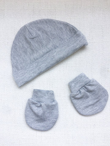 Supersoft Newborn Hat & Mittens