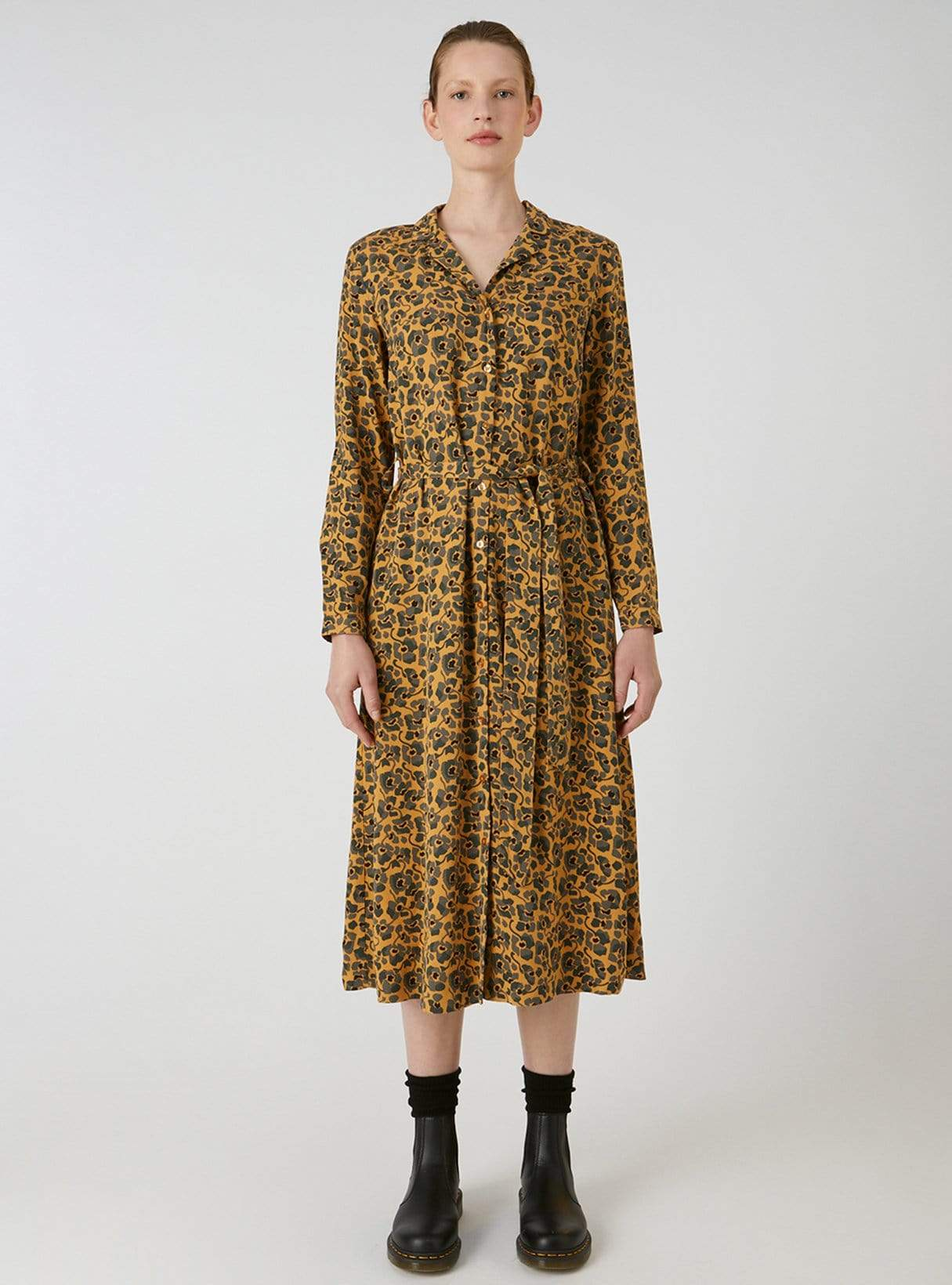 Vellaamo camou flowers - woven dresses - caramel butter