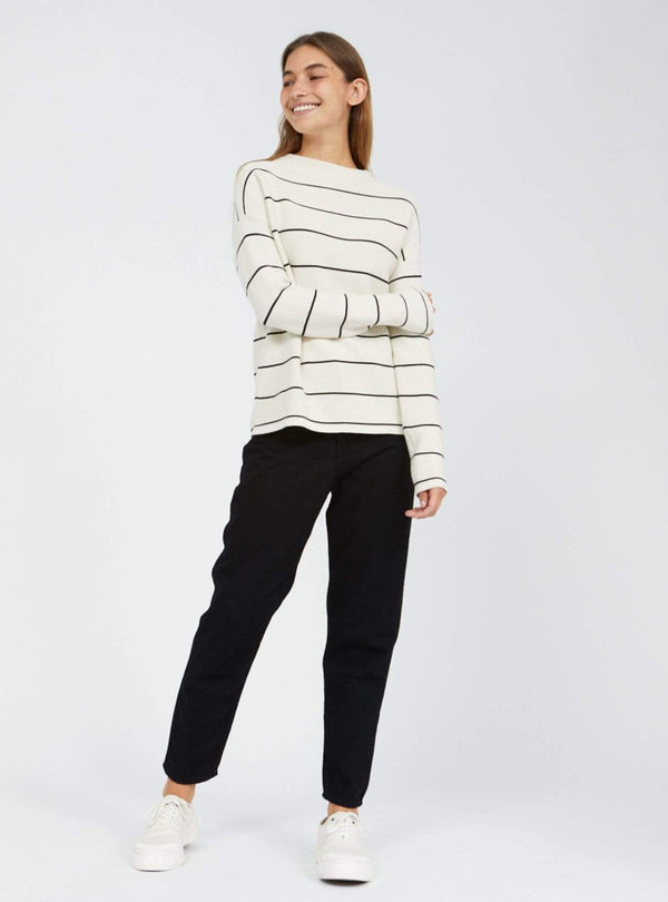 armedangels Womens sweaters Medinaa - fine stripes sweater - oatmilk/black
